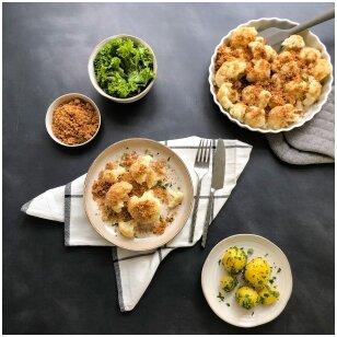 Žiediniai kopūstai su sviestu, džiūvėsėliais, petražolėm ir bulvėmis